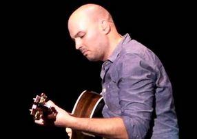 guy.guitar.JPG