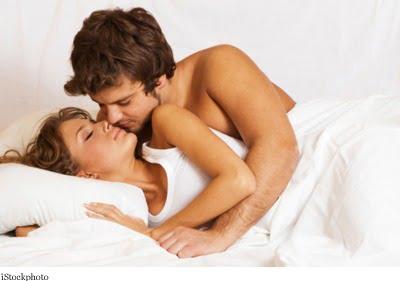 情侣在床,1216146.jpg