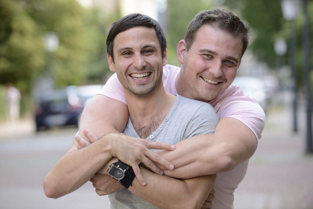 gay.couple.jpg