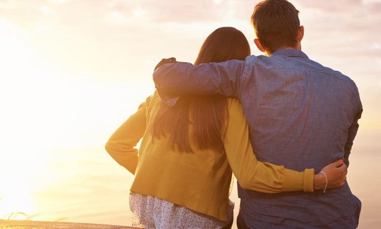 100315_How att underhålla-Your-Relationship-Through-Breast.jpg